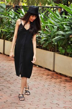 ASOS PETITE CAMI MIDI DRESS WITH BUTTON FRONT (SIMILAR HERE AND HERE)  STEVE MADDEN WOMEN'S TWOTONE SANDALS (SIMILAR HERE AND HERE)  BLACK FEDORA HAT (SIMILAR HERE AND HERE)