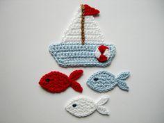 Häkelapplikationen - Häkelapplikation, Segelboot mit Fischen - ein Designerstück von Hannis-Schatzkiste bei DaWanda