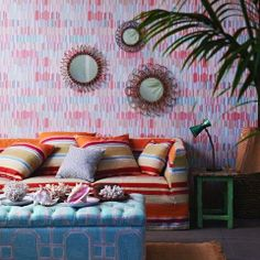 JIM THOMPSON No.9 collections BUTTERFLY HOUSE (fabrics), PALM WILLOW WEAVES (outdoor fabrics) and PAGODA AND PALMS (wallpapers) JAN2014 - www.bartbrugman.com - www.jimthompsonfabrics.com