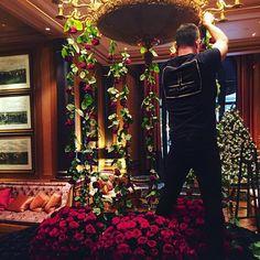 Holiday Romance Process - 🌹🌹🌹- #TeamLeatham - #JL - #Flowers - #Paris - getting ready for the Soirée - @fsparis