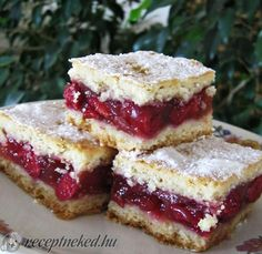 recept egyenesen a Receptneked. Gourmet Recipes, Sweet Recipes, Baking Recipes, Cookie Recipes, Hungarian Desserts, Hungarian Recipes, Sour Cherry Pie, Fun Desserts, Dessert Recipes