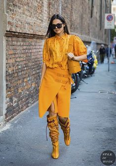 Doina Ciobanu between the fashion shows. The post Milan SS 2018 Street Style: Doina Ciobanu appeared first on STYLE DU MONDE Cool Street Fashion, Street Chic, Look Fashion, Autumn Fashion, Fashion Outfits, Womens Fashion, Fashion Trends, Fashion Design, Fashion Weeks