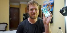 While most of us buy iPhone from the apple store but this guy just built the entire phone by himself. This person recorded his journey of surfing through Shenzhen markets in China and finding the appropriate parts to built an Iphone Technology Updates, Cool Technology, Chinese Market, Crazy Person, Buy Iphone, Spare Parts, Gadget, Marketing, Guys