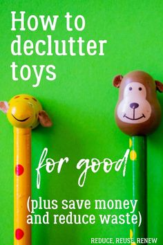 If you have kids, you may also have toy clutter. It can be hard to know how to declutter toys - do you include your kids? Not? What do you do when they want to keep EVERYTHING? This post has tips on how to reduce toy clutter for good, plus save money and reduce waste! Click through to read more! #decluttertoystips #declutterkidsroom Natural Parenting, Parenting Tips, Reduce Waste, Zero Waste, Declutter Your Mind, Mindfulness For Kids, Little Library, Organizing Tips, Minimalist Living
