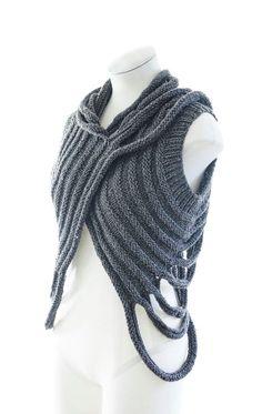 Knitulator sucht #Strickideen: #Strickweste #Strickbolero #gestrickterSellenwärmer #stricken #Strickapp #Seelenwärmer, #Weste #Bolero www.knitulator.com