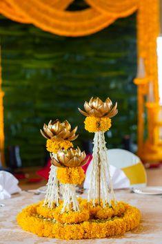 Desi Wedding Decor, Wedding Hall Decorations, Marriage Decoration, Flower Decorations, Wedding Ideas, Diwali Decorations At Home, Festival Decorations, Housewarming Decorations, Diwali Diy