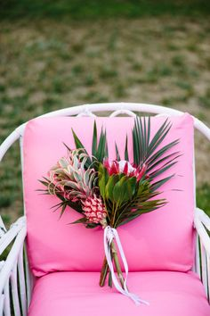 I like the whimsical look of this arrangement. Not to be used for bridesmaids though. Maybe table decor?                                                                                                                                                                                 More