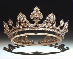 this is the famous Londonderry tiara. it's biggest claim to fame is that Lady Londonderry dropped it down the loo at westminster Abbey during the coronation of Edward VII in 1902 and spent most of the ceremony trying to retreive it.
