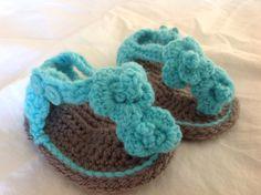 Made to order Handmade Orchid Baby Sandals Crochet por GirlCanHook