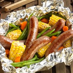 Comidas - meals - Bob Evans Beer Bratwurst Brats on the Grill Baby Cooking, Cooking On The Grill, Crock Pot Cooking, Grilling Recipes, Pork Recipes, Cooking Recipes, Recipies, Bob Evans Recipes, Lunches And Dinners