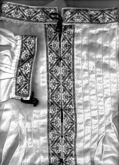 Blackwork- Kingdom A&S Shirt -Collar Detail    c.1540s gentleman's shirt, front and cuff shown.  Original pattern.   Black silk on white linen.