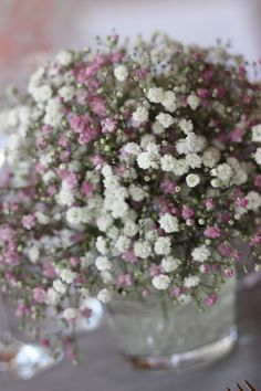 Schleierkraut-Wolken in rosa und weiß - Sommerhochzeit in Bayern…