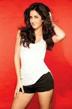 Katrina Kaif looks hot in a white skirt. Katrina is one of the top leading ladies in the Bollywood film industry.Hot photos of sexy Bollywood diva Katrina Kaif. Katrina Kaif Bikini, Katrina Kaif Hot Pics, Katrina Kaif Photo, Indian Celebrities, Bollywood Celebrities, Bollywood Actress, Bollywood Style, Bollywood News, Bollywood Fashion