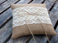 Wunderschöne Ringkissen aus Leinen für die ökologische Hochzeit | Friedatheres