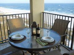 2/2 Condo w/ (2) double beds in 2nd room in Orange Beach.