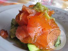 Salmon Marinado Con Naranja Y Limon En Tartar De Aguacate