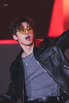 "hanbin pics on Twitter: ""… "" Mix And Match Ikon, Winner Ikon, Ikon Kpop, Ikon Debut, Kim Hanbin, Kim Dong, Hip Hop, Korean Celebrities, Celebs"