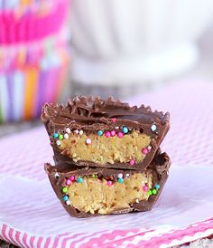 Birthday Cake Reeses cups are just begging for us to make them and then try not to eat them all.