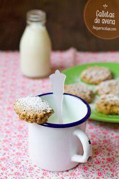 galletas de avena con almendras, reemplaza el aceite de girasol por aceite de coco y azúcar por miel!