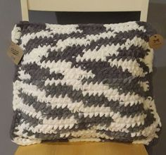 Poduszka pluszowa rękodzieło handmade Throw Pillows, Blanket, Crochet, Toss Pillows, Cushions, Decorative Pillows, Ganchillo, Blankets, Decor Pillows