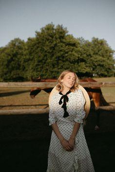 INDIAN SUMMER Indian Summer, Photoshoot, Horses, Paris, Model, Inspiration, Biblical Inspiration, Montmartre Paris, Photo Shoot