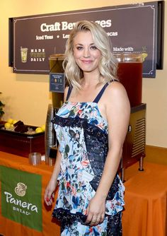 How Kaley Cuoco Bypassed the Awkward Stages in Growing Out Her Hair – Celebrities Female Beautiful Celebrities, Beautiful Actresses, Gorgeous Women, Classic Actresses, Melissa Rauch, Kaley Cuoco Body, Kaley Cucco, Blonde Actresses, Hot Actresses