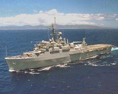 Cruisers, Us Navy Ships, Navy Military, United States Navy, Submarines, Battleship, Sailing, Mariana Trench, Middle East
