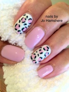 Leopard print nails in CND shellac Leopard print nails in CND she. Dream Nails, Love Nails, Pink Nails, Stylish Nails, Trendy Nails, Leopard Print Nails, Pretty Nail Art, Dipped Nails, Best Acrylic Nails