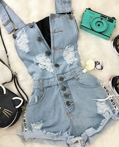 Pin by Sarah Comendatore on Outfit ideen in 2019 Pin by Sarah Comendatore on Outfit ideen in 2019 Cute Summer Outfits, Cute Casual Outfits, Stylish Outfits, Teen Fashion Outfits, Outfits For Teens, Girl Fashion, Vetement Fashion, Teenager Outfits, Mode Style
