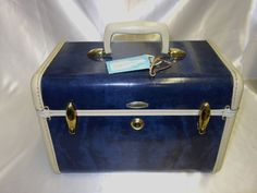 Vintage Samsonite Marbled Blue Train Case with Original Key and Extras