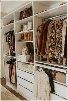 Organizing Walk In Closet, Wardrobe Organisation, Bedroom Organization, Organized Closets, Organizing Tips, Organizing Drawers, Organizing Shoes, Coat Closet Organization, Organisation Ideas