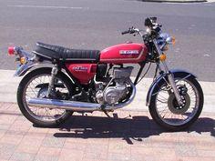 Suzuki GT 185.   We had a blue one. Round about 1976/77