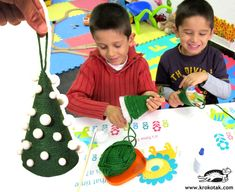 Karácsonyi díszek, tevékenységek gyerekeknek karácsonyra, DIY karácsonyi díszek