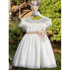 Βαπτιστικό φόρεμα Χειμερινό Mi Chiamo από τούλι πουά σε ivory-χρυσή απόχρωση, Χειμωνιάτικο φόρεμα βάπτισης μοντέρνο-οικονομικό, Βαπτιστικά ρούχα κορίτσι Χειμερινά, Επώνυμο βαπτιστικό φόρεμα τιμές-προσφορά, Χειμωνιάτικα βαπτιστικό ρούχα κορίτσι Girls Dresses, Flower Girl Dresses, Victorian, Wedding Dresses, Winter, Fashion, Dresses Of Girls, Bride Dresses, Winter Time