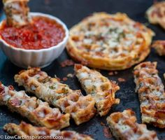 We just made the BEST Cheesy Garlic Bread Chaffle Recipe ever! This is a quick keto appetizer idea that tastes FANTASTIC! Low Carb Keto, Low Carb Recipes, Cooking Recipes, Diabetic Recipes, Seafood Recipes, Bread Recipes, Crockpot Recipes, Cooking Tips, Healthy Recipes