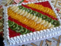 Best Cake : Fruitcake - Eat and Drink - Cake - Birthday . Tart Recipes, Dessert Recipes, Food Cakes, Cupcake Cakes, Fruit Birthday Cake, Fresh Fruit Cake, Waffle Cake, Different Cakes, Square Cakes