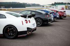 【日産 GT-R NISMO 発表】ニュルアタック車、田中哲也選手「扱いやすい車」 7枚目の写真・画像 | レスポンス