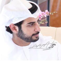 #skhzayedbinsultan #alnahyan #zayedbinsultanbinkhalifa #zayedbinsultan #abudhabi #zayed #زايد #photographer: @khalidaldarae  - @zayedbinsultan_fans- #webstagram Handsome Arab Men, Abu Dhabi, Presidents, Baseball Hats, Fans, Baseball Caps, Caps Hats, Baseball Cap, Snapback Hats