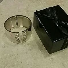 Victoria'S Secret Bracelet (Never Worn)