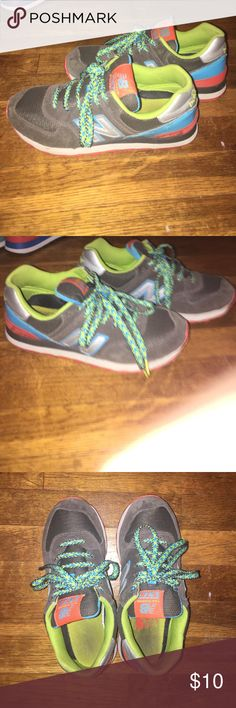 New balance shoes VERY OLD 574 New Balances. Probably 7-8 yrs old. You get what you pay for 🤷🏻♀️ New Balance Shoes Athletic Shoes