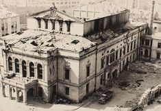 April-May 1944 – British American bombardments in Bucharest – dead, wounded, left without homes(source). August 1944 – Nazi bombardments in Bucharest R… Rare Photos, Old Photos, Mall Of America, North America, British American, Royal Caribbean Cruise, London Pubs, National Theatre, Beach Trip