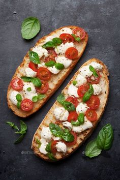 The Fresh, Food Fresh, Authentic Italian Pizza, Classic Salad, Bread Alternatives, Tomate Mozzarella, Healthy Diet Recipes, Base Foods, Yummy Appetizers