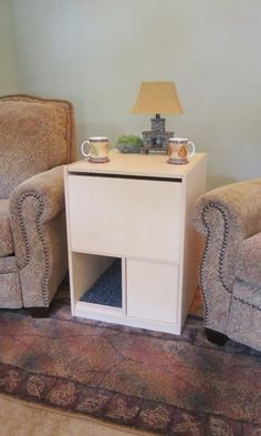 Litter Box Furniture that stops cat litter tracking. Looking for a hidden litter box cabinet that looks great and truly works? Our litter box is USA made with the highest quality material. Hidden Litter Boxes, Best Litter Box, Diy Cat Tower, Cat Hacks, Indoor Pets, Cat Urine, Pet Furniture, Diy Stuffed Animals, Cool Cats