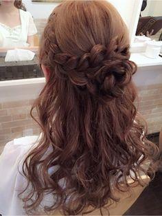 hairmake salon Beautopia 【ヘアメイクサロン ビュートピア】 お花ハーフアップ