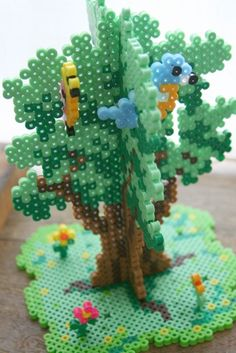 Enfants Activités 20 kreative Ideen mit Hama-Perlen A Tip On How To Get Offers When Showing Your Hou Melty Bead Patterns, Hama Beads Patterns, Beading Patterns, Loom Patterns, Art Patterns, Knitting Patterns, Beading Tutorials, Loom Beading, Bracelet Patterns
