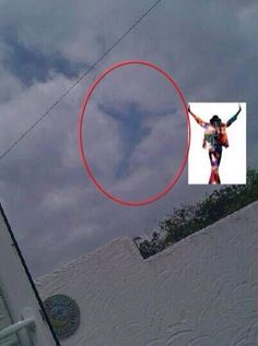 Michael Jackson in Heaven!! A sign he's watching us in heaven