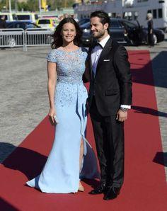 Prince Carl Philip and Sofia Hellqvist arrive for their pre-wedding gala.
