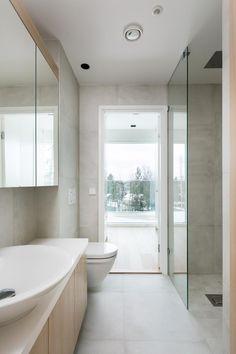 Laatat: Caesar One Gesso Bathroom Inspiration, Tiles, Bathtub, Bathroom Designs, Architecture, Interior, Bathrooms, House, Decor