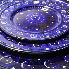 Gorgeous Valencia plates by Arabia of Finland -retro Antique China, Blue Moon, China Porcelain, Danish Design, Serveware, Midnight Blue, Valencia, Cool Furniture, Scandinavian