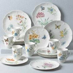 Dinnerware Sets Walmart, Casual Dinnerware Sets, Dinnerware Sets For 12, White Dinnerware, Dinnerware Ideas, Mikasa Dinnerware, Vase Deco, Lenox Butterfly Meadow, Vases